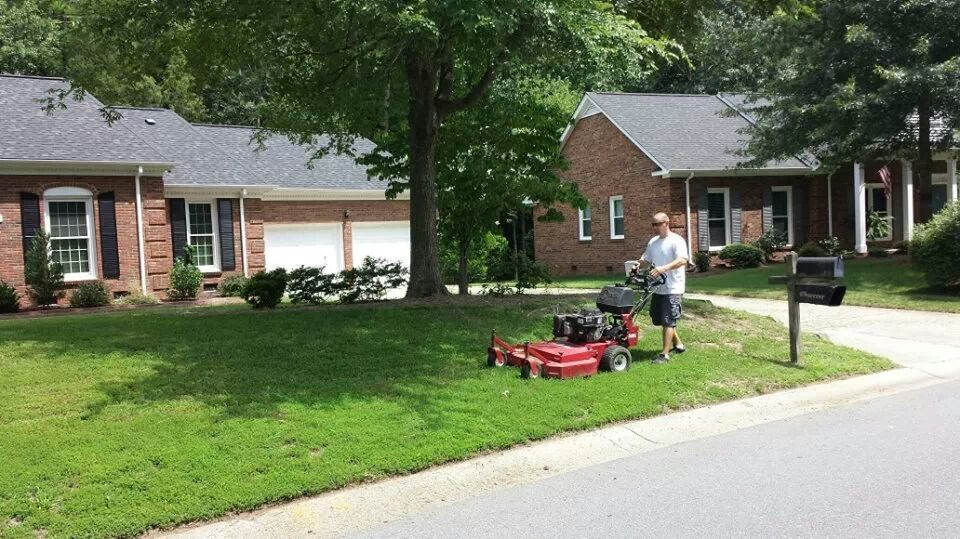 Professional Yard Mowing Services Charlotte, NC